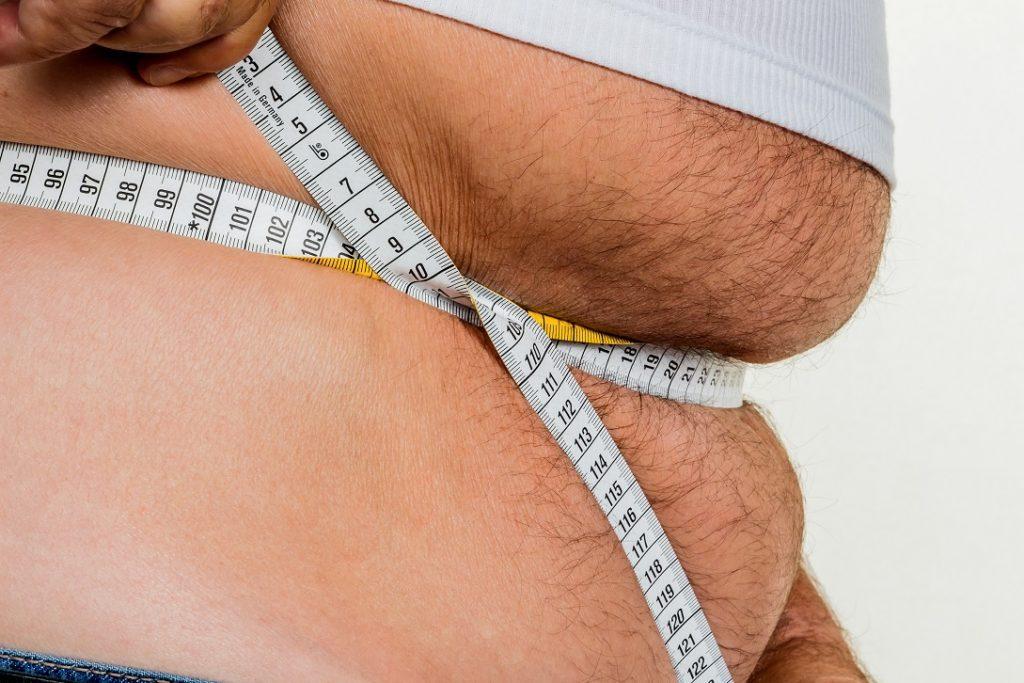 Mit steigendem Alter kommt das Übergewicht. Bild: Gina Sanders - fotolia