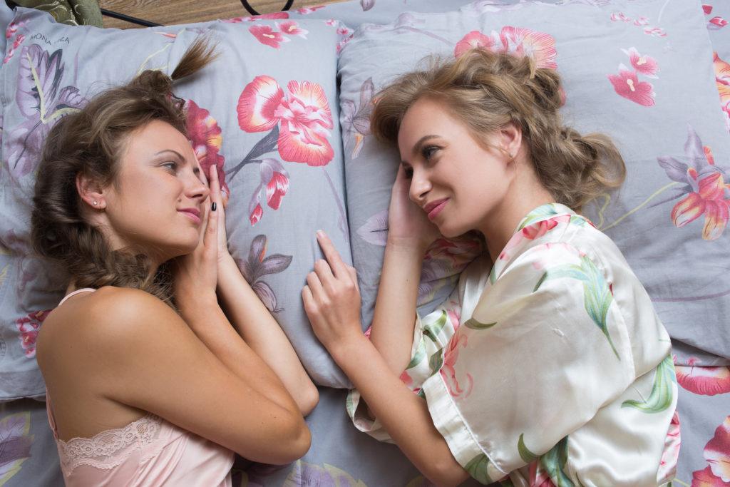 Laut einer Studie sind Frauen entweder Bi oder Lesbisch. Bild: kopitinphoto - fotolia