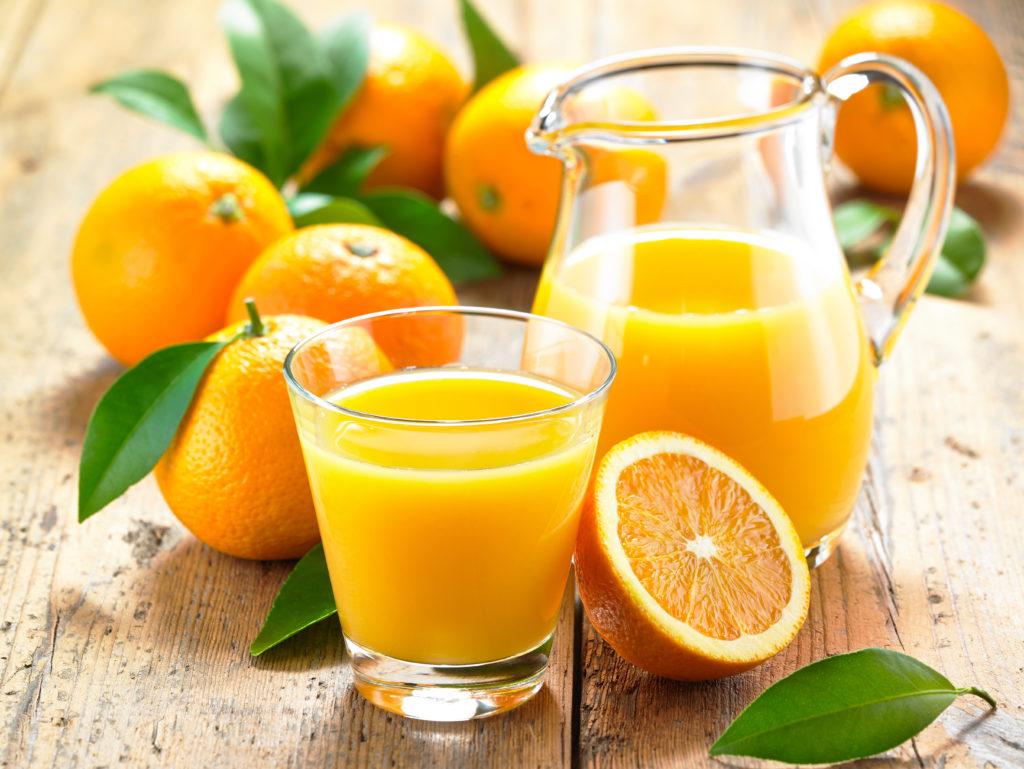Offenbar verträglicher: Orangensaft. Bild: cut- fotolia