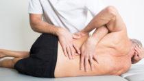 Insbesondere Physiotherapien bestimmen die Maßnahmen aus dem Bereich der Heilmittel. (Bild: Adam Gregor/fotolia.com)