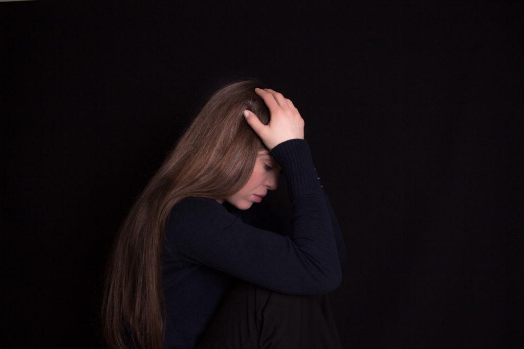 Wirkt die kognitive Verhaltenstherapie effektiver als Arzneien  gegen Depressionen? (Bild: DBPics/fotolia.com)