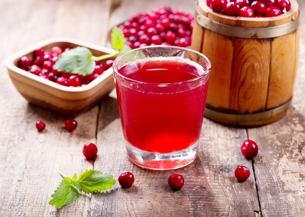 Klinisch wirksames Mittel der Naturheilkunde: Cranberry-Beeren oder hochkonzentrierter Saft. Bild: Nitr - fotolia