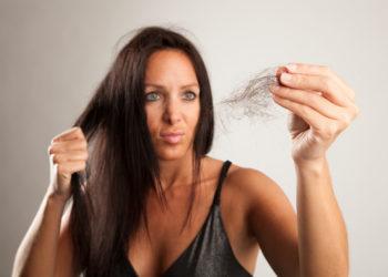 Haarbruch hat meistens innere Gründe. Bild: Cara-Foto - fotolia