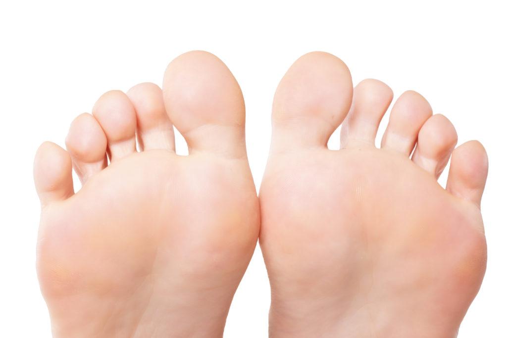 Einfache Hausmittel gegen kalte Füße. Bild: underdogstudios - fotolia