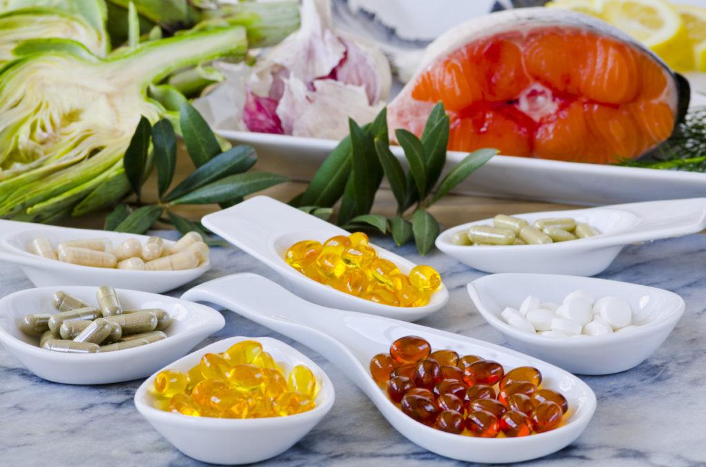 Mögliche Wechselwirkungen bei Nahrungsergänzungsmittel beachten. Bild: pat_hastings - fotolia