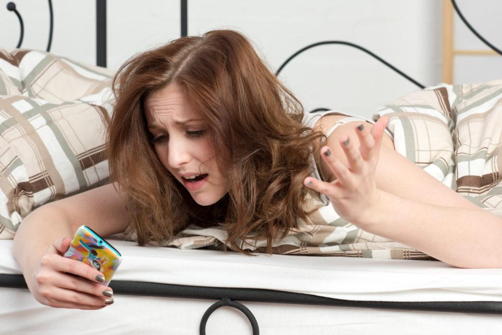 Smartphones rauben den Schlaf. Bild: von Lieres - fotolia