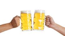 Britische Männer sollen ihren Alkoholkonsum in Zukunft deutlich reduzieren. (Bild: underdogstudios/fotolia.com)