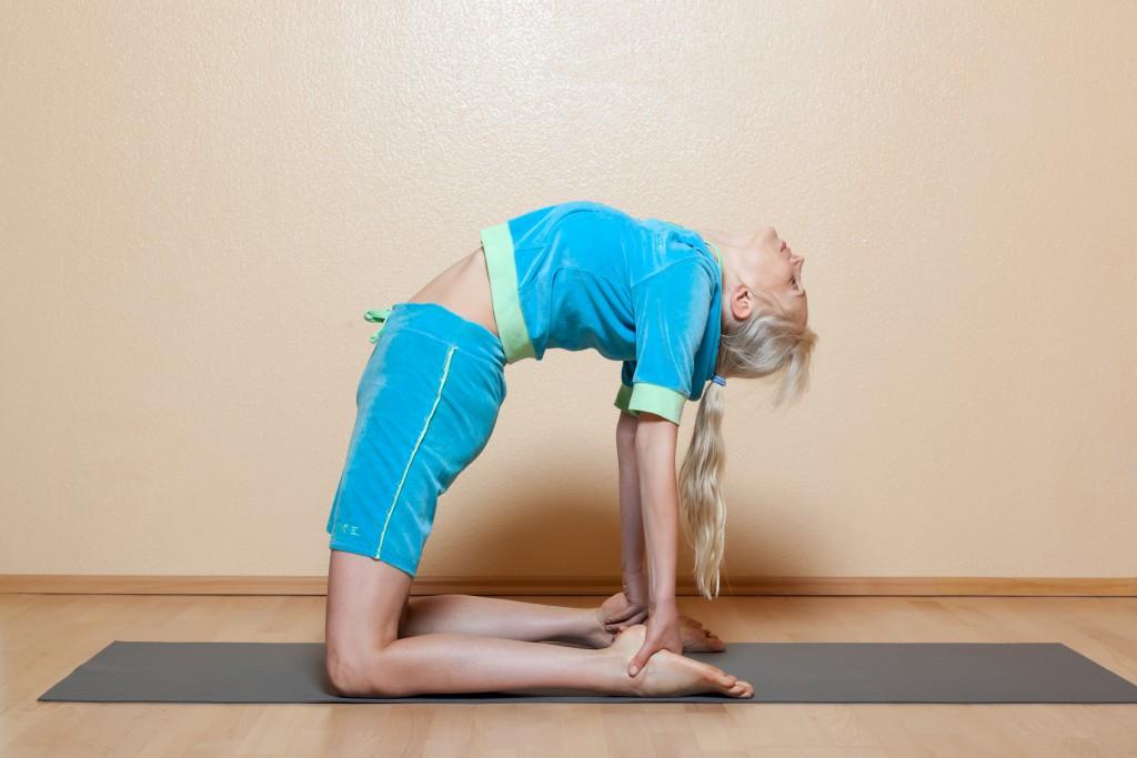Yoga kann in vielen Fällen eine Blasenschwäche deutlich lindern oder sogar gänzlich beheben. (Bild:     best_age_model/fotolia.com)