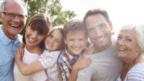 Großeltern können eine große Unterstützun für Paare mit Kindern sein. (Bild: Monkey Business/fotolia.com)