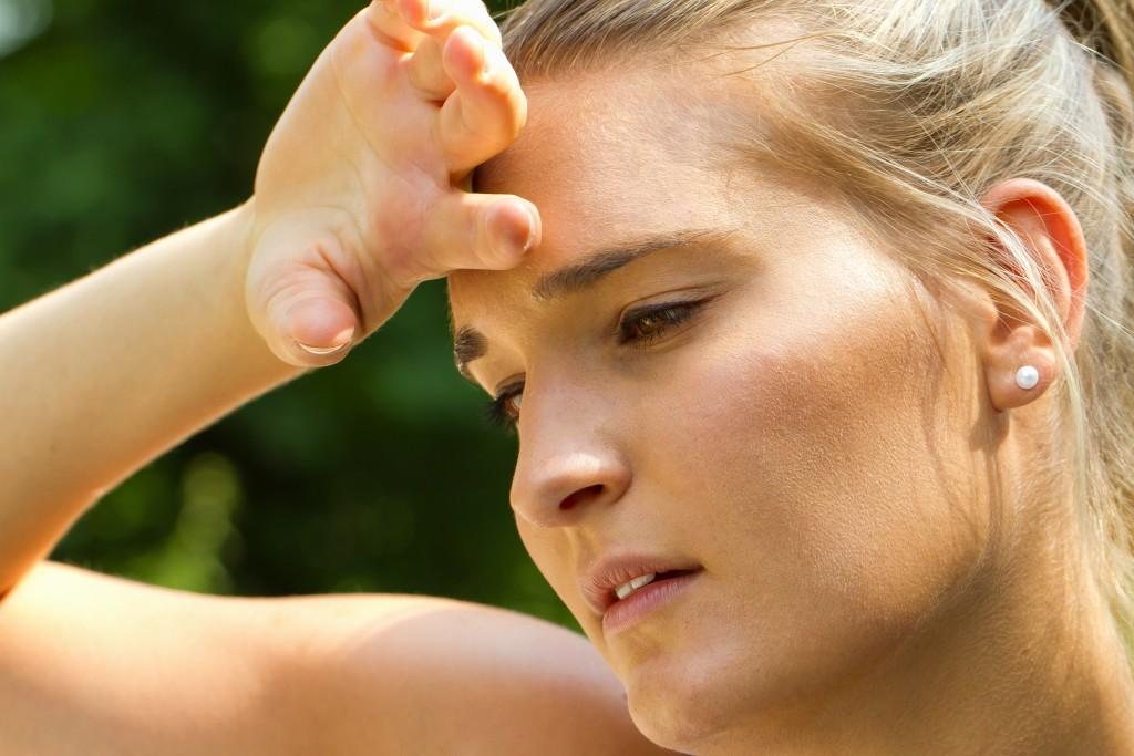 Die Zusammensetzung des Schweißes ermöglicht Rückschlüsse auf die Gesundheit. Schweiß-Sensoren können die Werte in Echtzeit erfassen. (Bild: Jürgen Fälchle/fotolia.com)