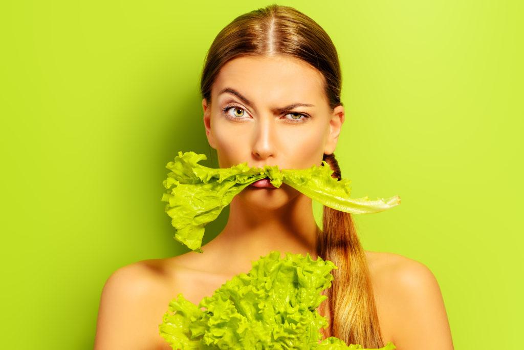 Vegane Ernährung kann zu Mangelerscheinungen bei Kinder führen, warnt der Bundesernährungsminister Christian Schmidt (CSU).
