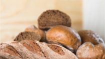 Frisches Brot kann bei richtiger Lagerung länger frisch bleiben. Bild: BillionPhotos.com - fotolia