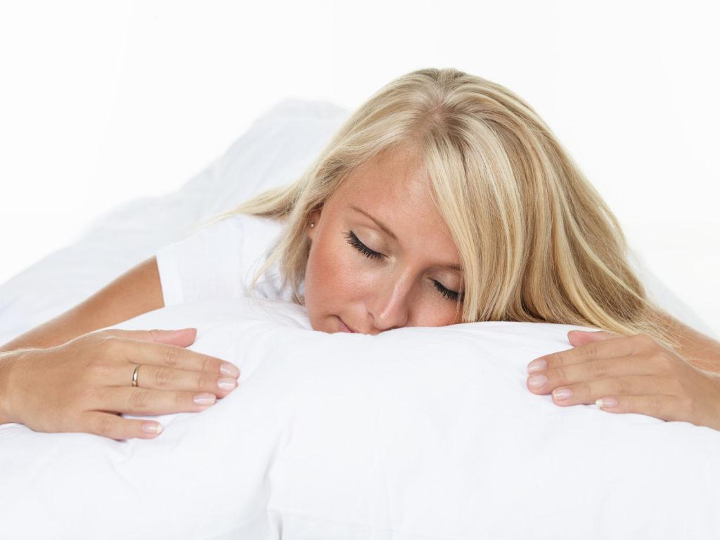 Einschlafhilfe ohne Nebenwirkungen. Bild: Karin & Uwe Annas - fotolia