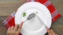 Kleine Teller helfen bei einer Diät. Bild: Studio KIVI - fotolia