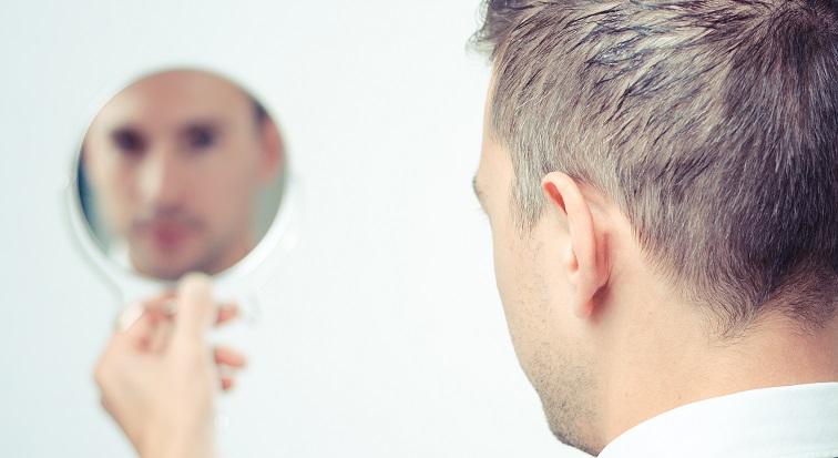 Eine neue Spiegeltherapie hilft Schlaganfall-Patienten. Bild: Bild: nielshariot - fotolia