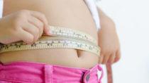 ADHS führt zu einem erhöhten Risiko für Übergewicht und Fettleibigkeit bei Frauen. (Bild: kwanchaichaiudom/fotolia.com)