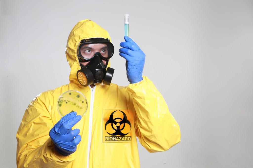 Trotz der internationalen Abkommen besteht auch in Zukunft die Gefahr, dass neue biologische Waffen entwickelt werden und zum Einsatz kommen. (Bild: Black Mamba/fotolia.com)