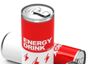 Manche  Jugendliche trinken zu bestimmten Gelegenheiten enorme Mengen an sogenannten Energydrinks. Die Folge können erhöhte gesundheitliche Risiken vor allem für das Herz-Kreislaufsystem sein.(Bild: beermedia.de/fotolia.com)