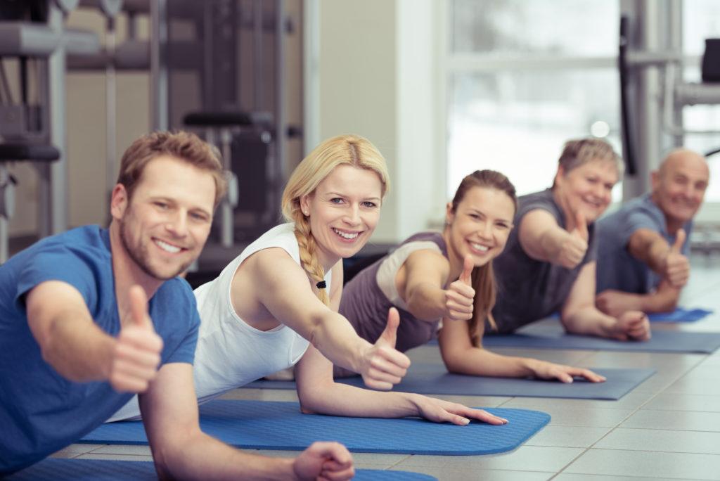 Wer im Alter von 40 Jahren körperlich fit ist, zeigt im späteren Lebensalter weniger starke Schrumpfungen des Gehirns. (Bild: contrastwerkstatt/fotolia.com)