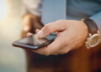Handys schaden der männlichen Fruchtbarkeit. (Bild: Rido/fotolia,com)