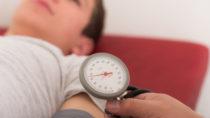 Bluthochdruck-Patienten sind verunsichert wegen neuer US-Studie. (Bild: Picture-Factory/fotolia.com)