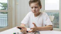Menschen dit Typ-1-Diabetes haben ein stark erhöhtes Risiko, in ihrem Leben Epilepsie zu entwickeln. Kinder mit der Erkrankung sind besonders gefährdet (Bild: rkris/fotolia.com)