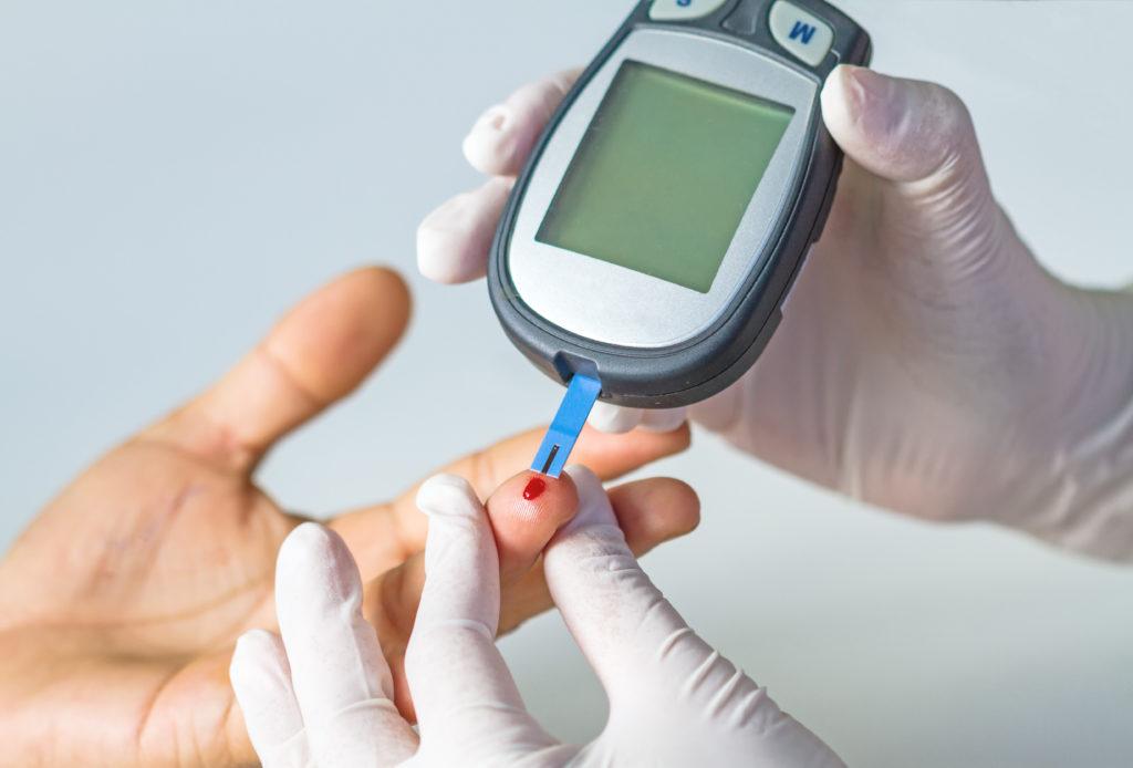 Immer mehr Menschen in Deutschland erkranken an Diabetes. Die Sozialkassen werden dadurch enorm belastet. (Bild: pittawut/fotolia.com)