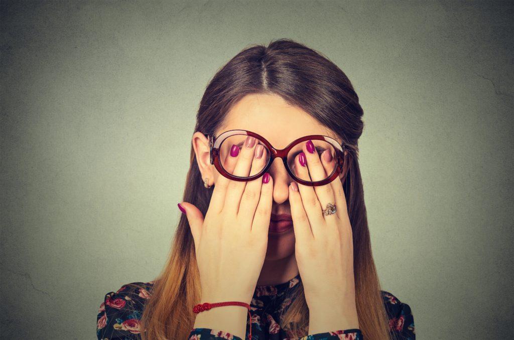 Für Frauen sind Verschiebungen des Schlaf-Wach-Zyklus deutlich belastender als für Männer. (Bild: pathdoc/fotolia.com)