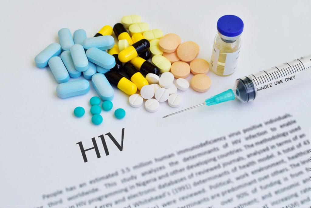 Die passive Immunisierung mit speziellen Antikörpern könnte einen medizinischen Durchbruch im Kampf gegen AIDS darstellen. (Bild: jarun011/fotolia.com)