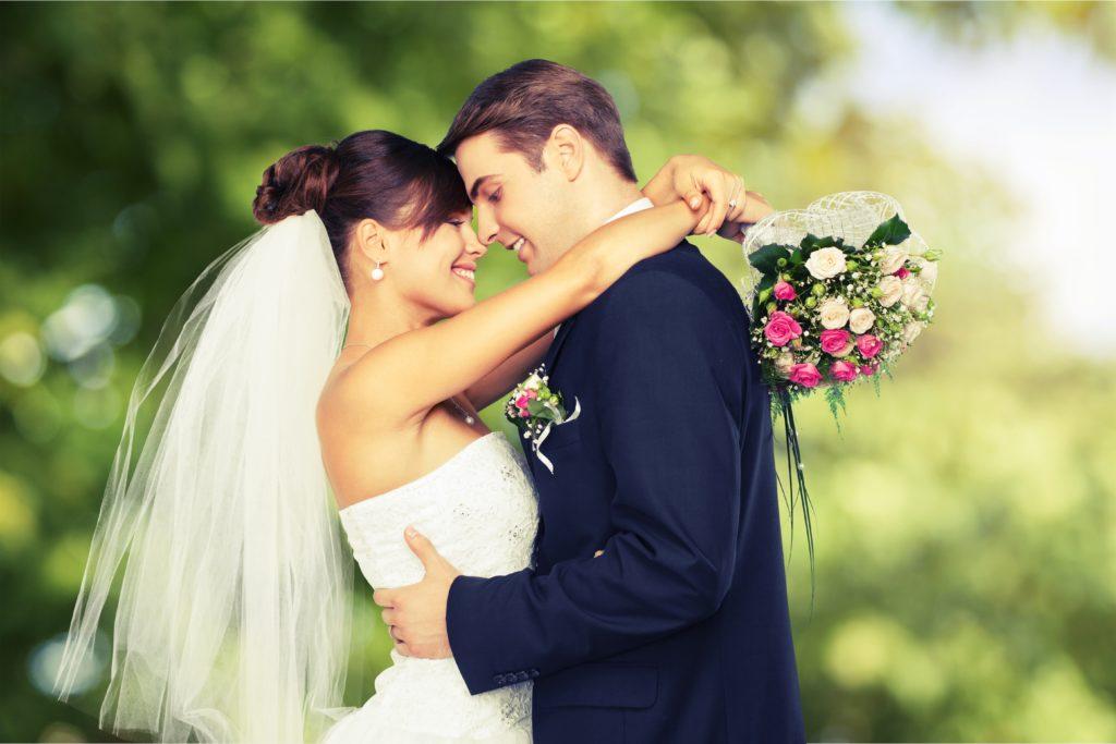 Krebserkankte haben eine bessere Wahrscheinlichkeit den Krebs zu überleben, wenn sie verheiratet sind. (Bild: BillionPhotos.com/fotolia.com)
