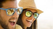 An der Art des Lachens können Menschen erkennen, ob die lachenden Personen befreundet- oder sich völlig fremd sind. So ist es uns schneller möglich bestimmte vorhandene soziale Bündnisse zu erkennen. (Bild: iko/fotolia.com)