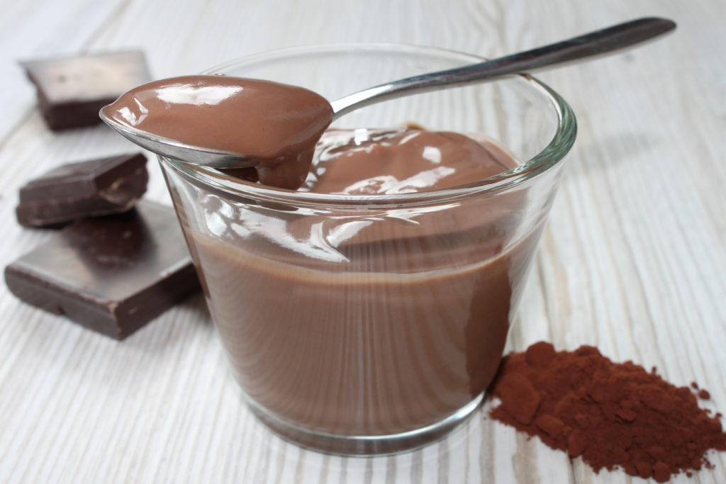 Schokoladenpudding im Glas
