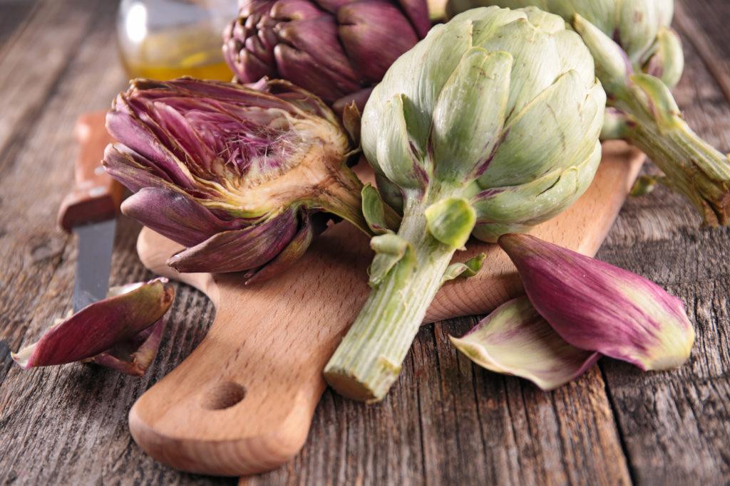 """Das richtige """"Gallenessen"""": Artischocke, Zucchini... Bild: M.studio - fotolia"""