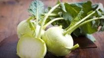 Wohlschmeckend und gesund: Kohlrabi. Bild: pilipphoto - fotolia
