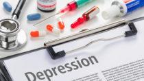 Sogenannte Antidepressiva sollen Menschen helfen, die unter Depressionen leiden. Viele Mediziner verschreiben diese Medikamente aber auch bei Erkankungen, die mit Depressionen nichts zu tun haben. Dadurch können Gefahren für die menschliche Gesundheit entstehen. (Bild: Zerbor/fotolia.com)