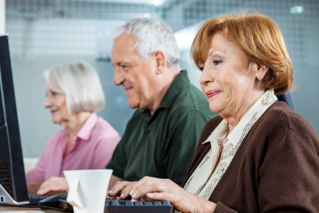 Die weltweite Lebenserwartung ist nach Angaben der Weltgesundheitsorganisation deutlich gestiegen. Wie alt man wird, hängt stark davon ab, wo man geboren wird. (Bild: Tyler Olson/fotolia.com)