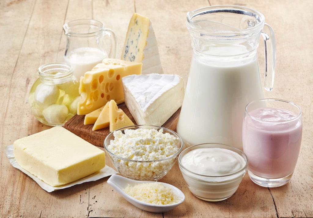 Im Falle einer Laktoseintoleranz treten die Beschwerden nach dem Verzehr von Milch bzw. Milchprodukten auf. (Bild: baibaz/fotolia.com)