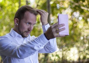 In einer neuen Studie hat sich nun gezeigt, dass eine narzisstische Persönlichkeit ein wohltätiger Spender sein kann, wenn er oder sie sich selbst in die Situation des Bedürftigen hineinversetzt.  (Bild: Michael Eichhammer/fotolia.com)