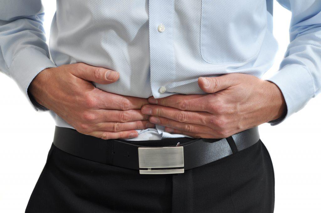 Insbesondere bei Beschwerden des Verdauungstraktes haben sich verschiedene Anwendungsformen des Odermennigs vielfach bewährt. (Bild: Doris Heinrichs/fotolia.com)