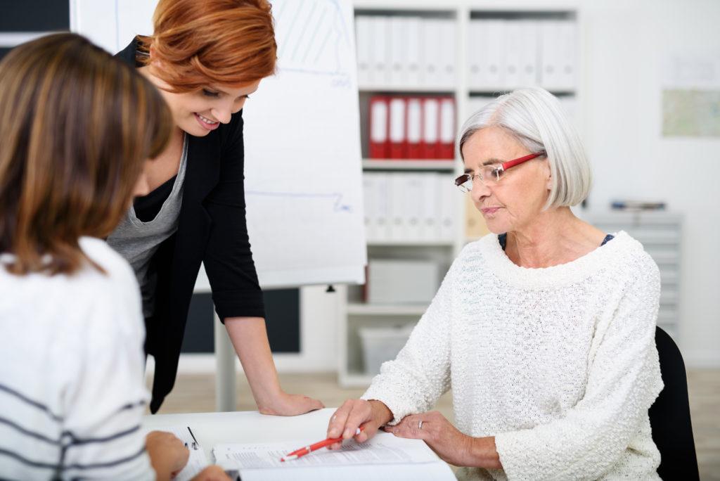 Wissenschaftler fanden heraus, dass unsere Lebenserwartung positiv beeinflusst wird, wenn wir erst später in den Ruhestand gehen. (Bild: contrastwerkstatt/fotolia.com)