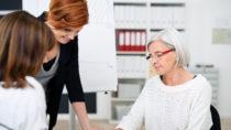 Wissenschaftler fanden heraus, dass unsere Lebenserwartung positiv beeinflusst wird wenn wir erst später in den Ruhestand gehen. (Bild: contrastwerkstatt/fotolia.com)