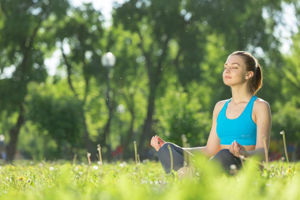 Durch Meditation entspannt sich Körper und Geist, Sie gönnen Ihrem Körper eine Auszeit und vergessen die Probleme des Alltags. Nun scheint es, als könnten Meditation und eine Achtsamkeitsbasierte kognitive Therapie auch dabei helfen, Menschen mit Typ-1-Diabetes den Umgang mit ihrer Krankheit zu erleichtern. (Bild: Sergey Nivens/fotolia.com)