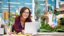 Lebensmittel-Online-Shopping im Trend. Bild: Tyler Olson - fotolia