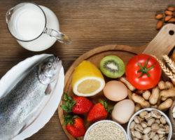 Rund sechs Millionen Bundesbürger leiden an einer Lebensmittelallergie. Der Verzehr von bestimmten Speisen kann bei ihnen allergische Reaktionen auslösen. Im Extremfall droht sogar ein lebensgefährlicher anaphylaktischer Schock. (Bild: airborne77/fotolia.com)
