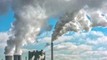 Die Verunreinigung unserer Luft nimmt immer weiter zu. Negative Folgen für unsere Gesundheit sind somit unvermeidbar. Forscher stellten jetzt sogar fest, dass die steigende Luftverschmutzung unser Risiko für Schlaganfälle erhöht. (Bild: Ralf Geithe/fotolia.com)