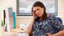 Wissenschaftler der Berliner Charité erforschen die Folgen, welche Stress in der Schwangerschaft für die spätere Entwicklung des Kindes hat. (Bild: highwaystarz/fotolia.com)
