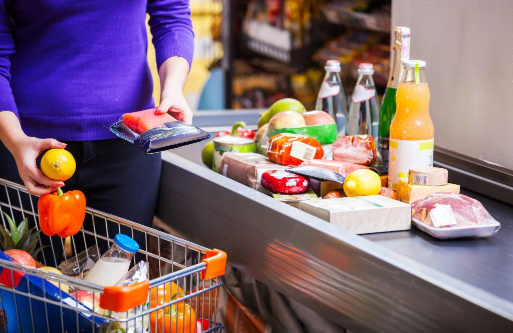Lebensmittelrückruf: Edeka ruft Blattspinat wegen möglicher Plastikteile zurück