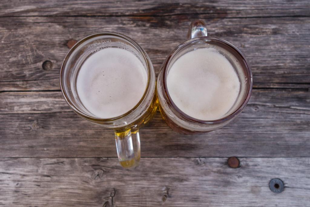 Große Gläser verleiten zum Mehrtrinken von Alkohol. Bild: pusteflower9024 - fotolia