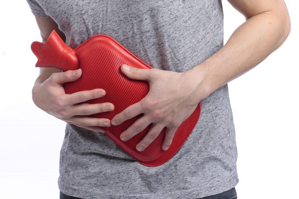 Eine Wärmflasche kann wirksam und schnell Erste-Hilfe leisten. (Bild: absolutimages/fotolia.com)