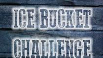 """Die sogenannte """"Ice Bucket Challenge"""" hat für zahlreiche Spendengelder gesorgt, die in die Forschung gesteckt wurden. Dadurch konnten Wissenschaftler nun neue Genvarianten ausfindig machen, die die Nervenkrankheit beeinflussen. (Bild: Iliana Mihaleva/fotolia.com)"""
